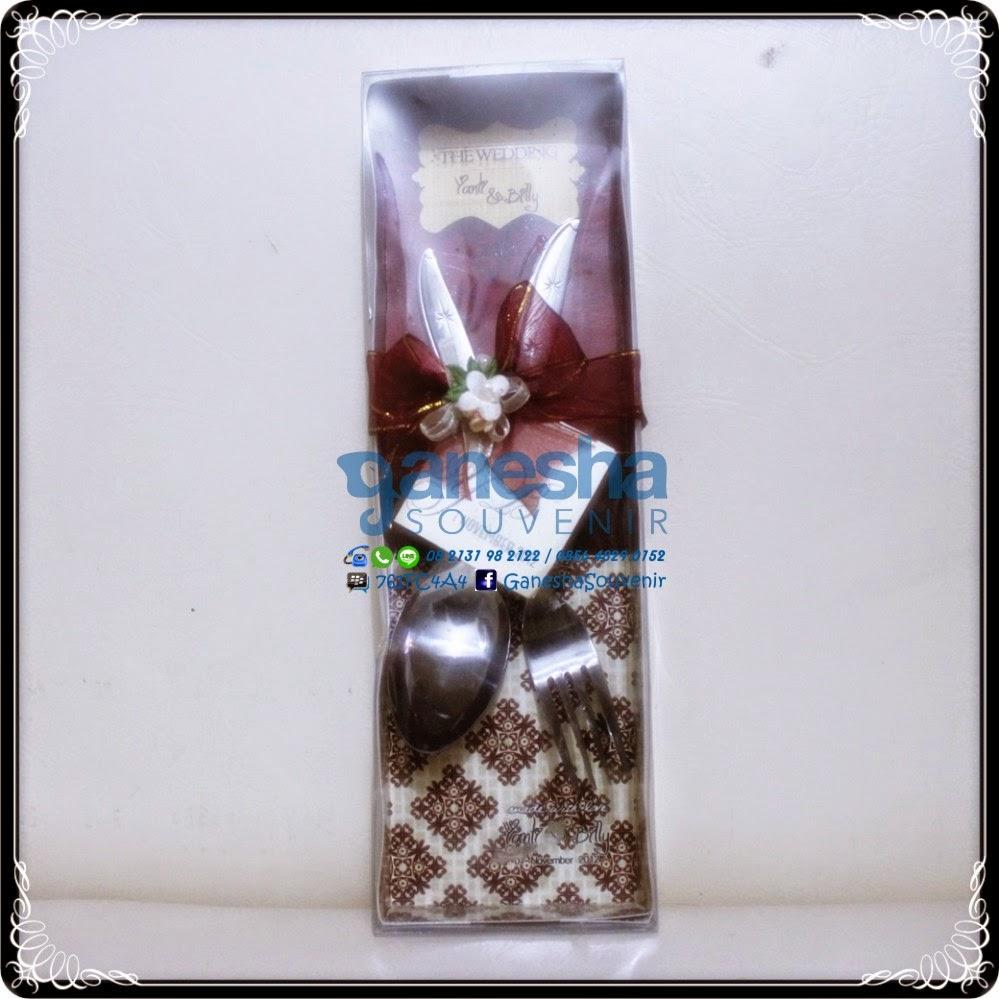souvenir sendok garpu mika kotak exclusive