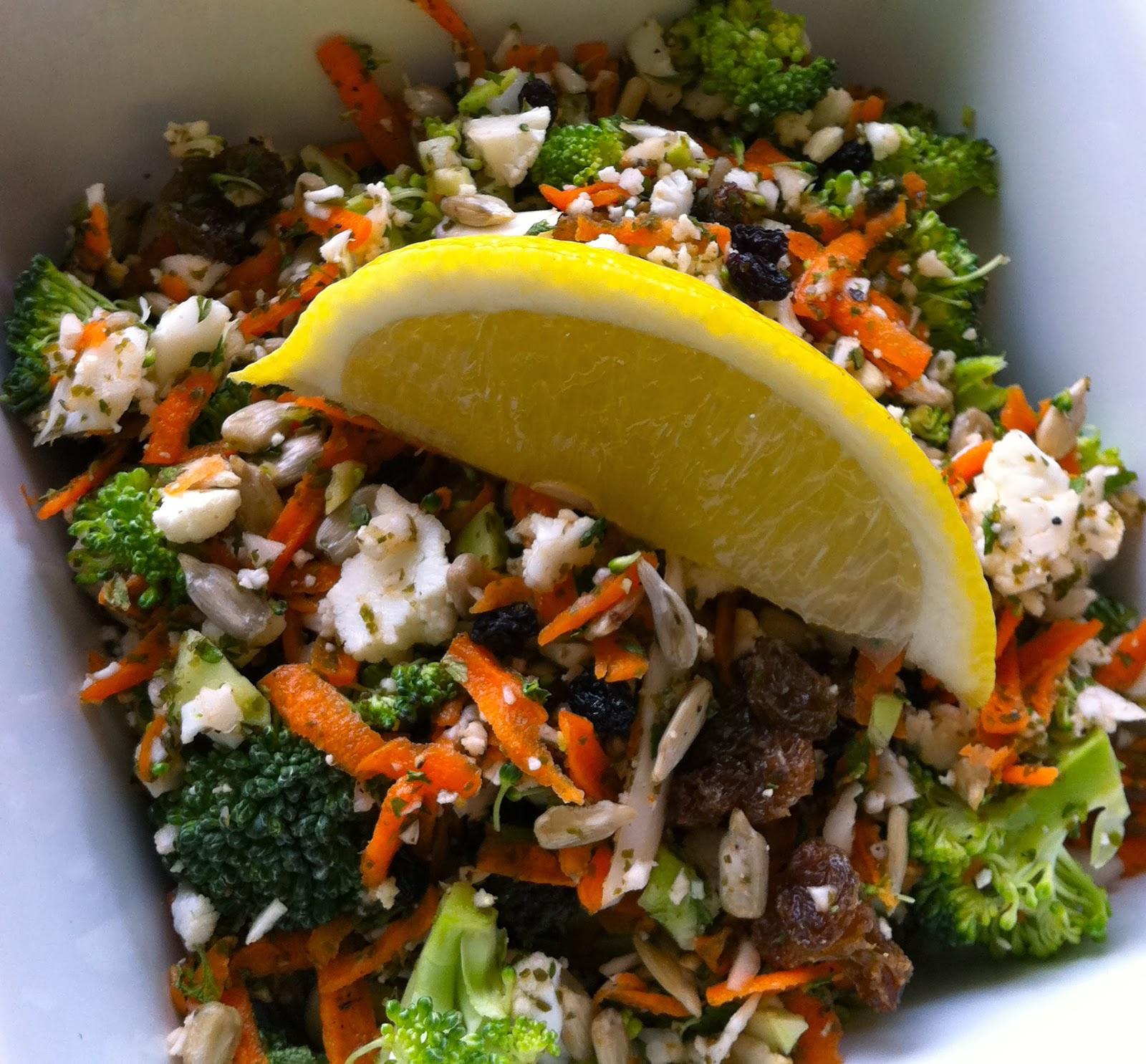 Detox Salad Recipe (Vegan, Oil-Free, with Kelp Granules)