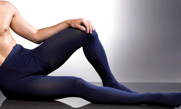 Hühner! wow Men wearing pantyhose tights cute