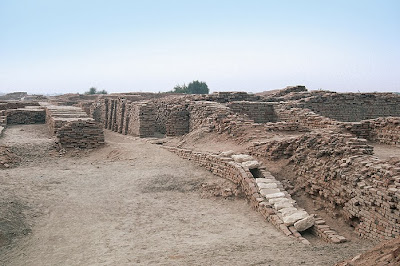 Mohenjo daro drainage  system