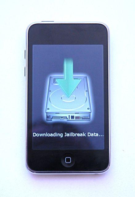 [Tutorial] Fazendo jailbreak em seu iPhone/iPod Untethered no iOS 5.0.1 News-jailbreak-redsn0w