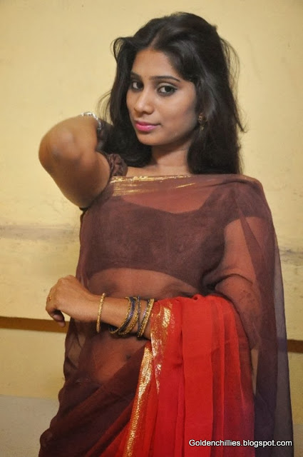 heroins belly show in hot saree
