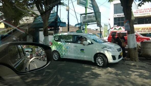 Ternyata Avanza dan Ertiga juga jadi Taksi - Harga Mobil ...