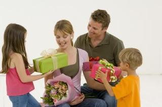 Hadiah Ulang Tahun Ibu, Hadiah Ulang Tahun Yang Istimewa, Hadiah Ulang Tahun Ibu Yang Istimewa