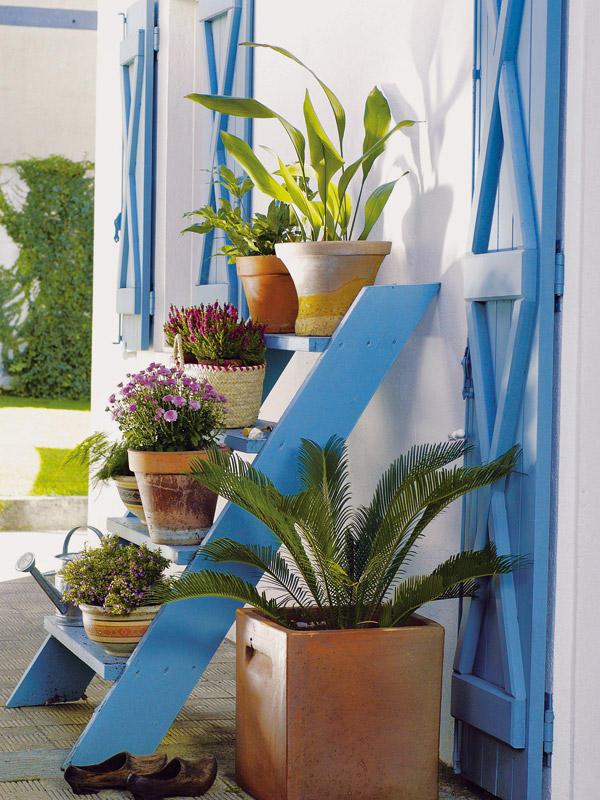 Disenyoss decoracion 10 maneras de usar una escalera - Jardineras en escalera ...