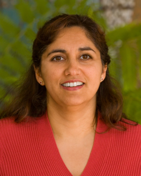 Principal Scientist Dr. Nina Batthi