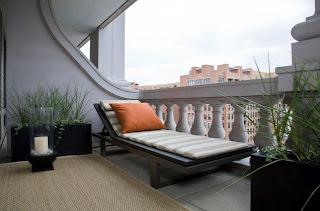 Desain Balkon Rumah 4