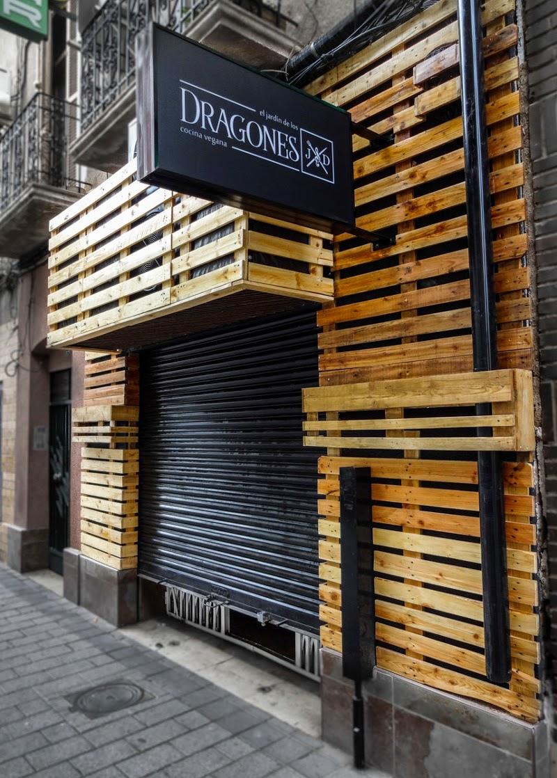 El jardin de los dragones restaurante vegano en murcia for Bar jardin barcelona