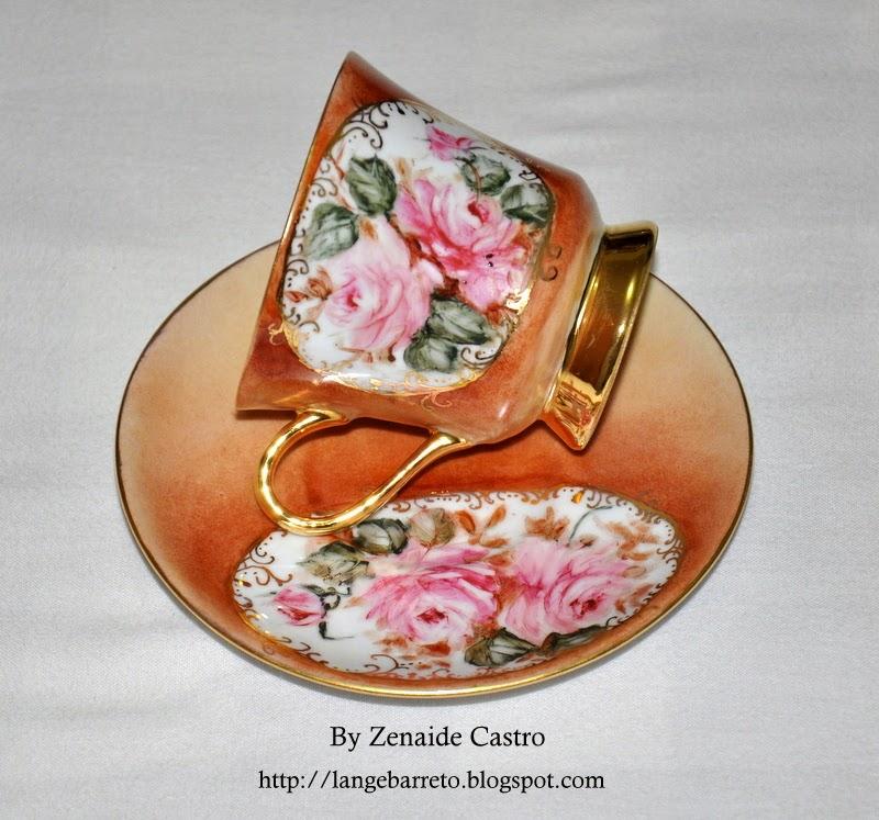 Xícaras pintada a mão Zenaide Castro