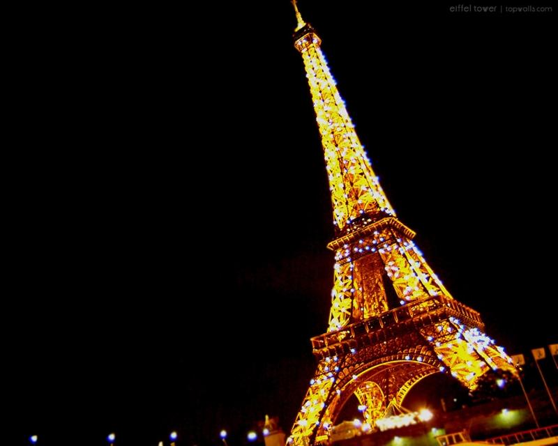 saya berharap, suatu saat nanti saya bisa berjalan malam di tempat ini ...
