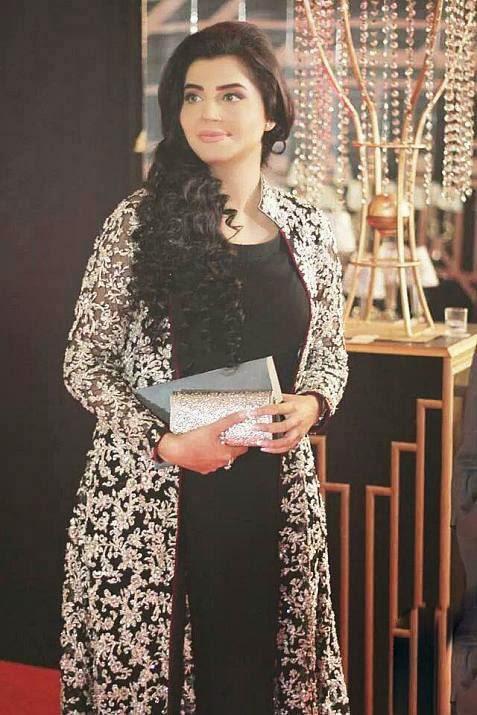Nida Yasir dresses