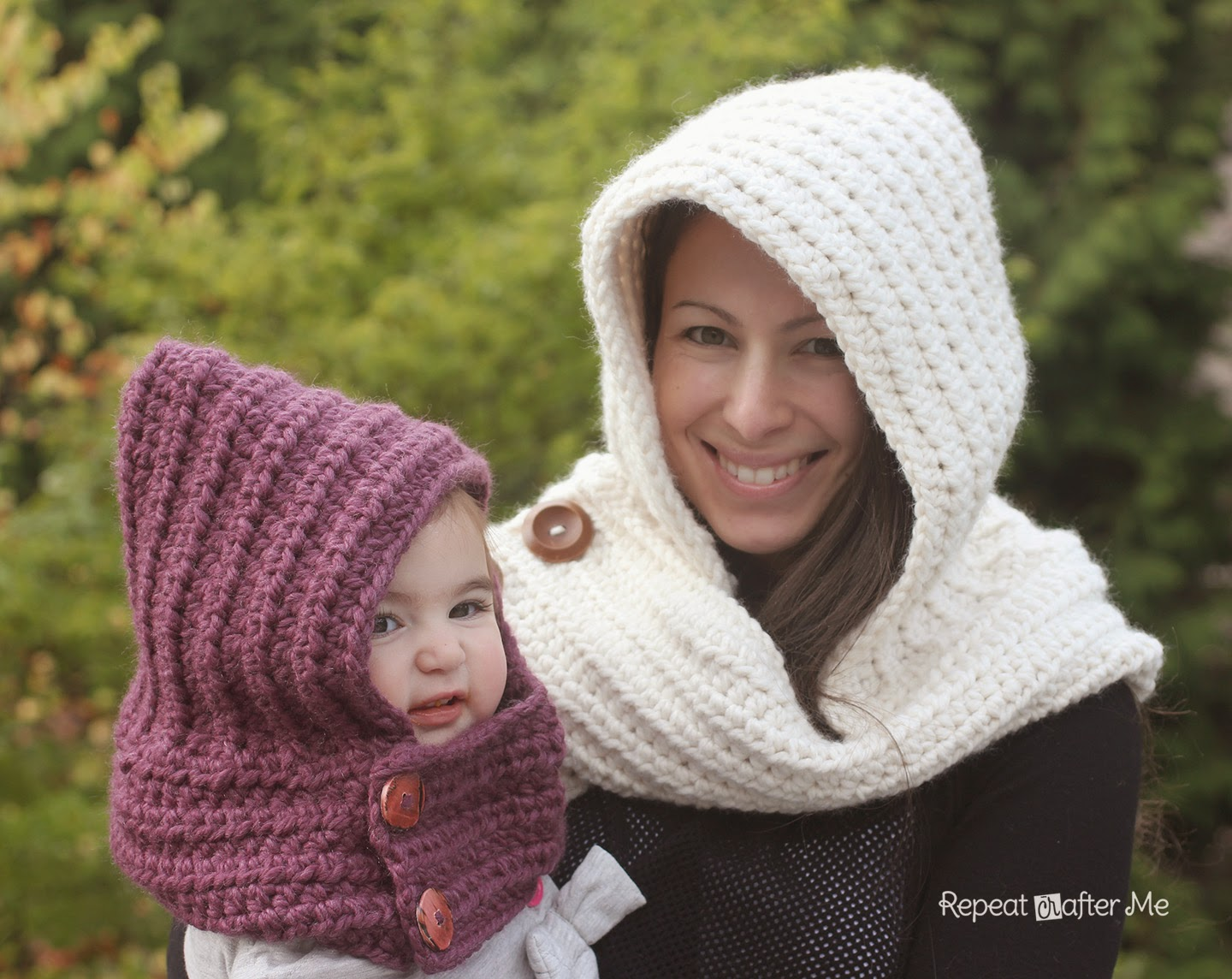 Crochet Patterns Using Scarfie Yarn : Hooded Crochet Cowl with Lion Brand Thick & Quick Yarn #Scarfie ...