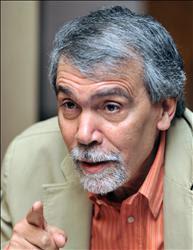 حوار مع عبد الفتاح كيليطو* ترجمة : سعيد بوخليط