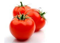 foto pomodori rossi e rotondi