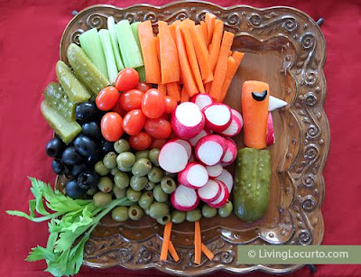 http://www.livinglocurto.com/2012/10/turkey-vegetable-tray/