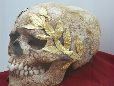 skull with gold wreath