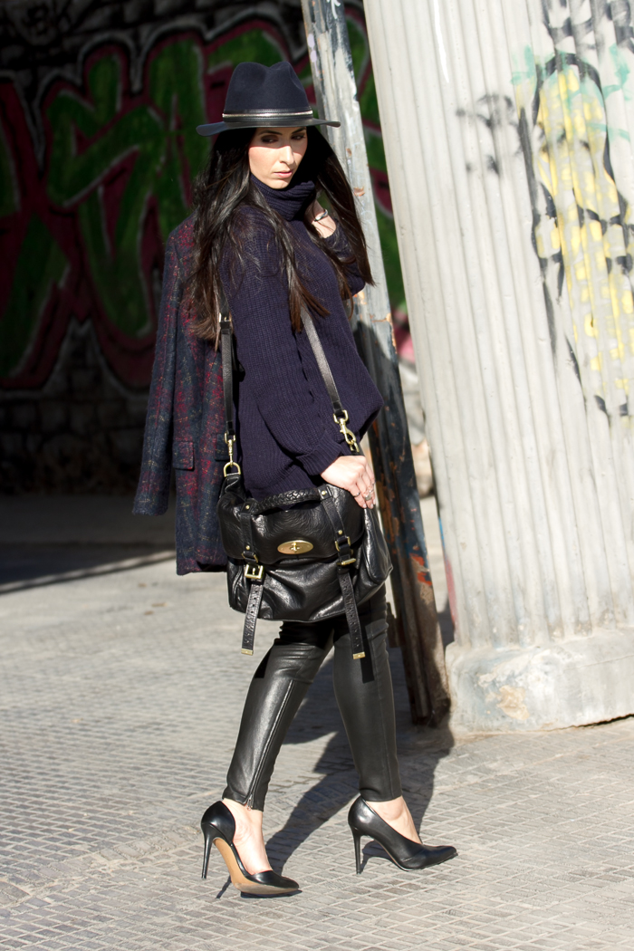 FAshion blogger chic style Muubaa leather trousers