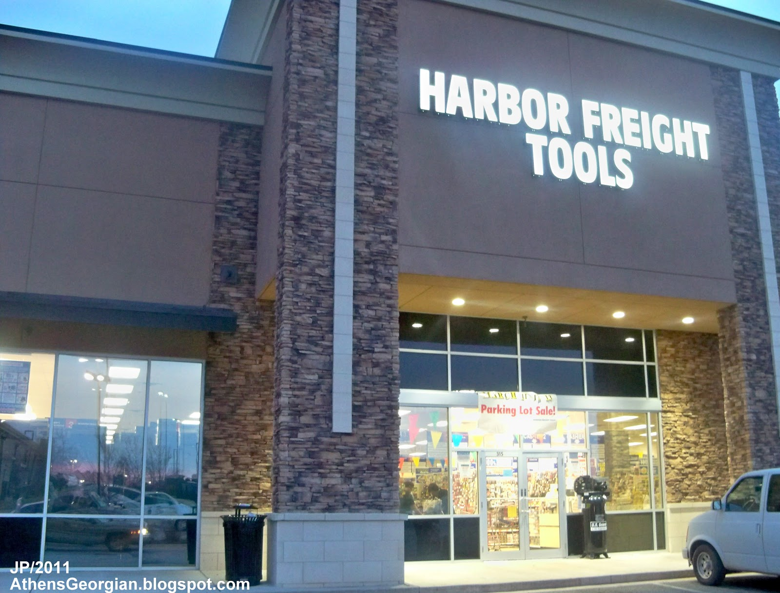 "#repost ""Gotta give a huge shout out to @harborfreight today. As a DIYer on a budget this is a great place to go to save some money on quality tools that will last."