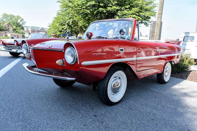 Ronnie Marcus' 1965 Amphicar