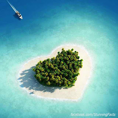 THERE'S A TINY HEART SHAPED ISLAND IN FIJI
