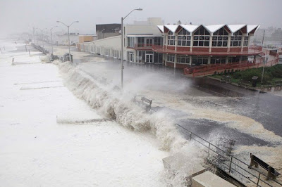 >3 Million East Coast Residents Remain Without Power Monday , Face Nightmare Commute Which May Last Days
