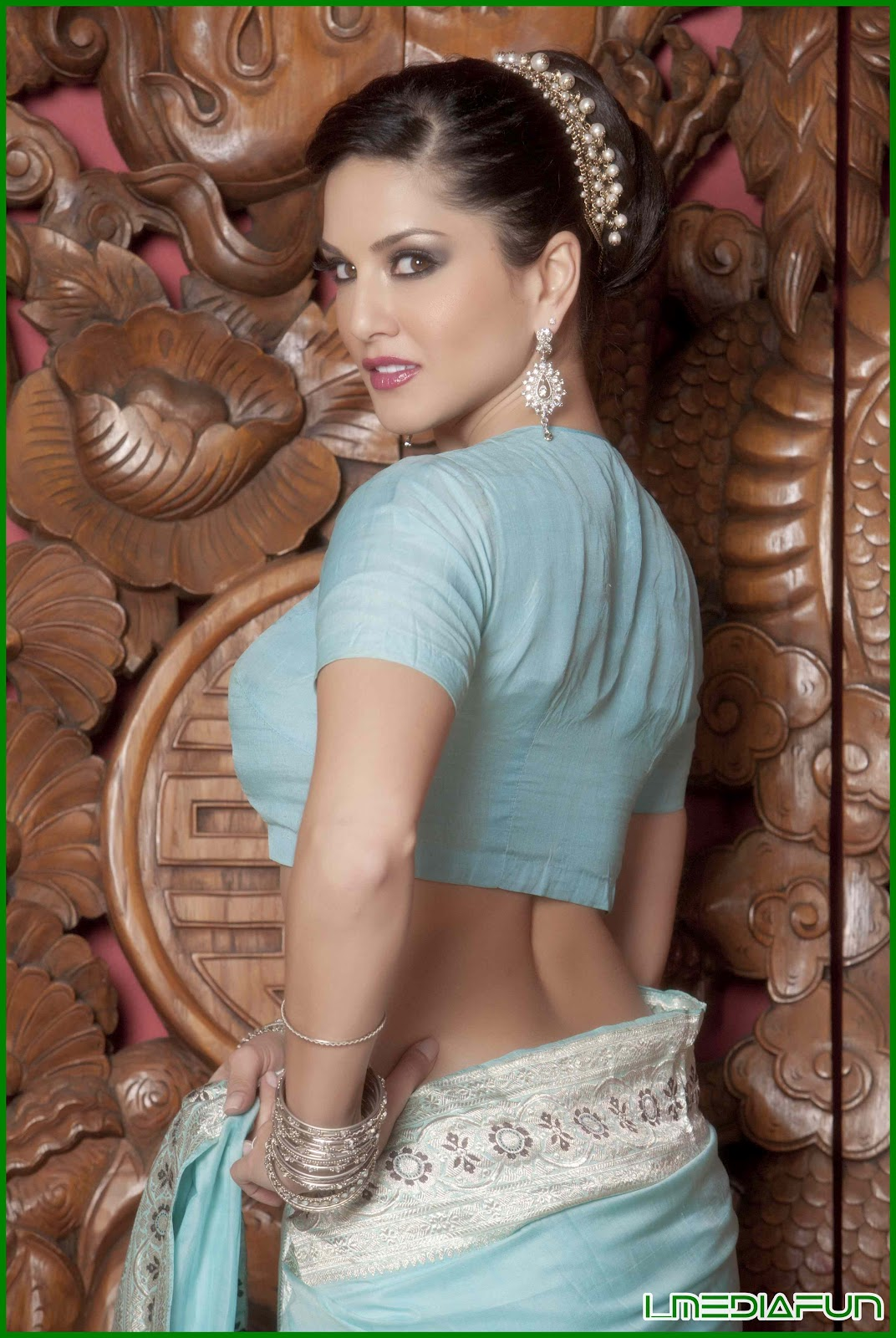 Bollywood Sunny 016 Psv Garuda Vega Movie