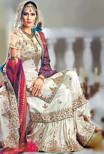 Pakistani Traditional Wedding Dresses 5 Vintage A marriage is inplete