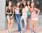 . que me he sacado en Las Palmas con las chicas! que guapas que son todas! img