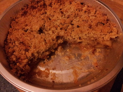 Ultimate Bramley Apple & Cinnamon Pecan Crumble Pie for one
