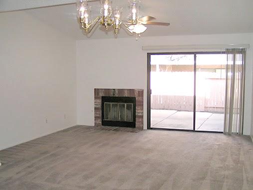 Modern Home Interior Design: Empty living room