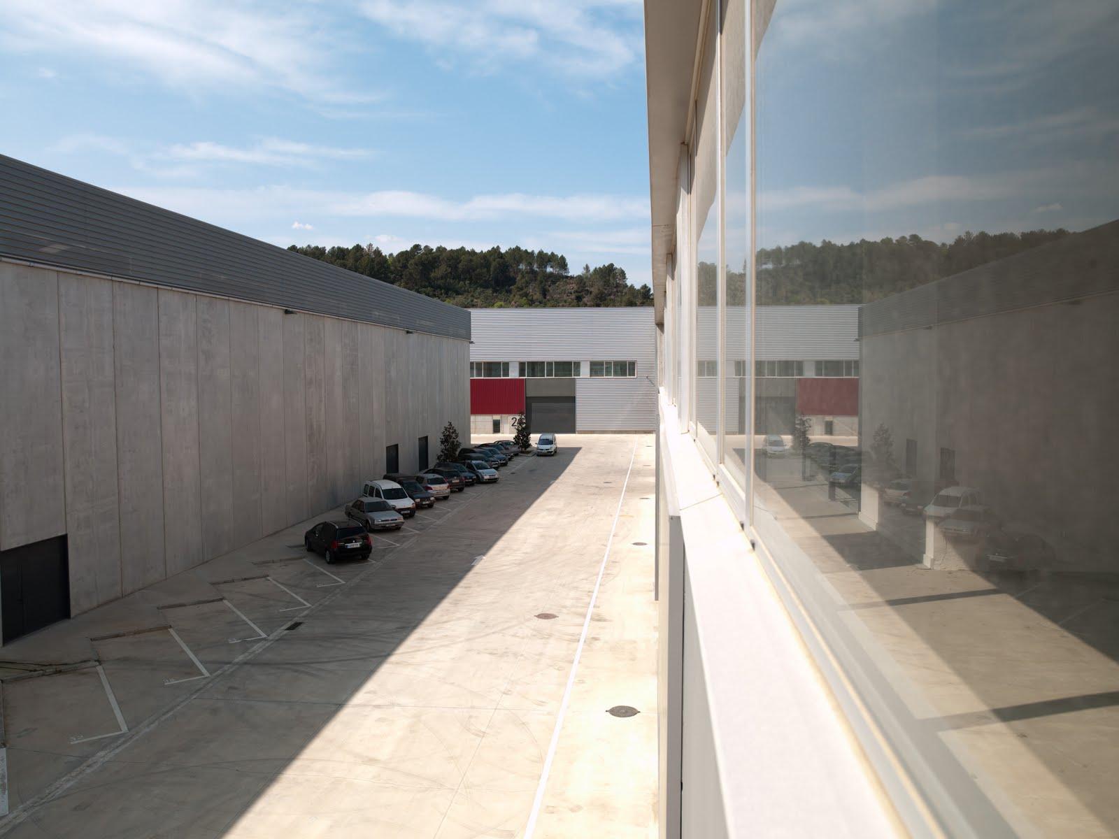 Alquiler parque empresarial naves industriales y oficinas - Naves industriales barcelona ...