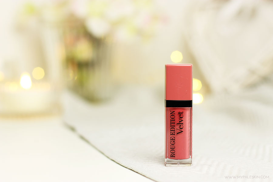 bourjois rouge edition velvet, happy nude year, reviw, swatch, pink, nude, review, my pale skin, test, em ford
