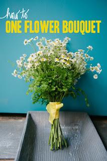 講簡單的話,這是我見過最簡單的結婚花球了