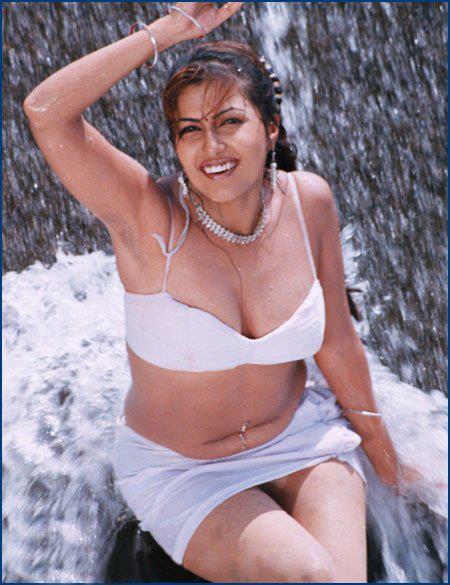 ... Navel,Desi Girls Navel,Saree Below Navel, Navel Kissing, Mallu Aunty