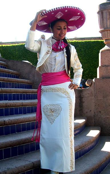 Vestido de mariachi de mujer