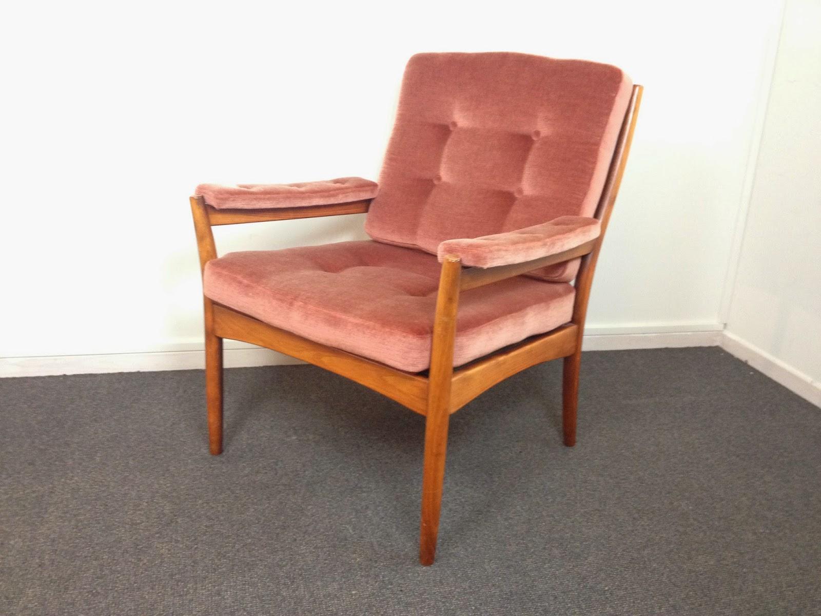 tolve art design lounge chair by g m bel in sweden. Black Bedroom Furniture Sets. Home Design Ideas