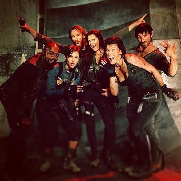 Milla Jovovich comparte más fotos del rodaje de 'Resident Evil: The final chapter'