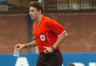 Arbitragem do jogo Bahia x Goiás pelo Brasileirão 2013
