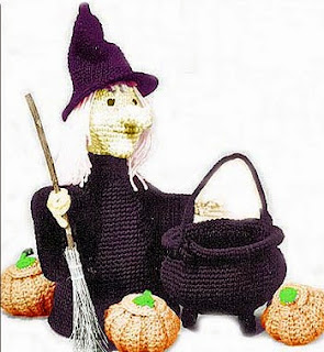 http://web.archive.org/web/20060606000249/http://www.sarahanns.com/crochetworks/witch.html