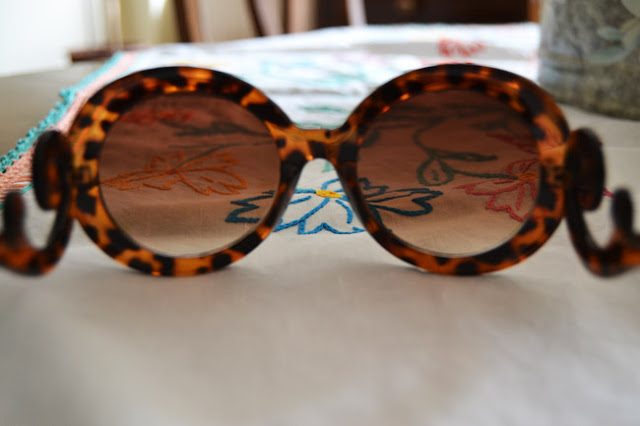 prada, prada baroque sunglasses, minimal baroque,trends,fashion trends, bargain,get the look,cheaper version,