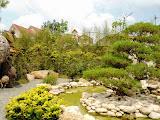 Taman Batu di Pasar Terapung Lembang Bandung