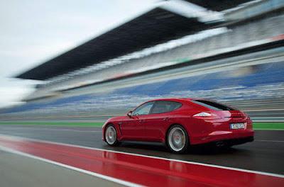 Porsche-Panamera-GTS-Test-Drive