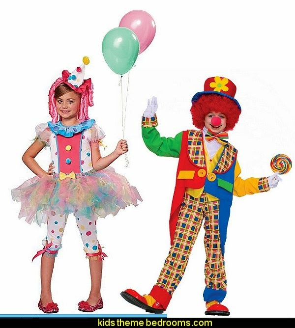 Decorating theme bedrooms maries manor circus themed for Clown dekoration