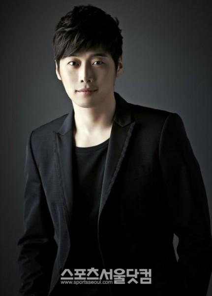 คิมแจจุง(KIM JAE  JOOG)