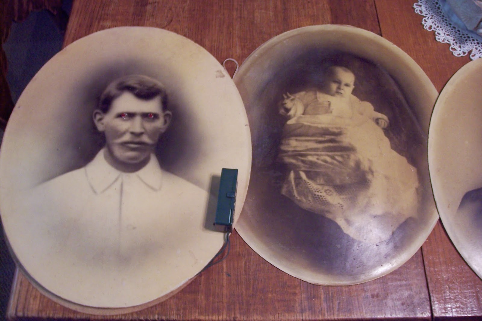 Saturdays vintage finds altered scary halloween mirrors photographs sometime during this 2014 junking season i came across a stack of eight oval antique photos that once graced bubble frames a bubble frame is an old convex jeuxipadfo Image collections