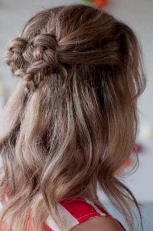 How-to-Style-a-Sweetheart-Braid