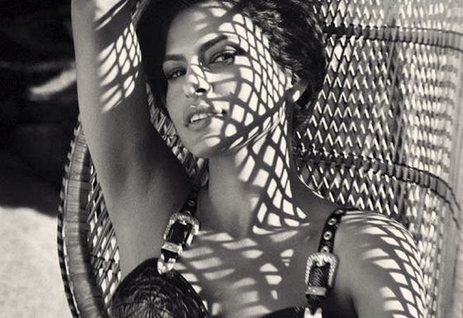 EVA MENDES black and white photo