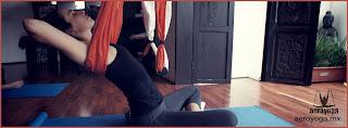 AeroYoga® (Yoga Aéreo© ) International, Asociacion Inter. Nacional de Aero Yoga, AeroYoga®  Yoga Aéreo© .es un método artístico de crecimiento personal creado y registrado internacionalmente por el español Rafael Martinez que utiliza la suspensión y la ingravidez como plataforma para fomentar creatividad, desbloqueo, tonicidad, definición muscular y rejuvenecimiento. Este método está creciendo en Europa y América desde hace años y se imparte en Latinoamérica y Europa desde el 2009. Se trata de algo más que fitness, yoga o pilates en un columpio.  Esta técnica puede ayudar a aumentar la calidad de vida gracias a que desarrolla cualitativamente no sólo las capacidades físicas sino también las mentales y emocionales, pudiendo aumentar agilidad, memoria y autoestima.