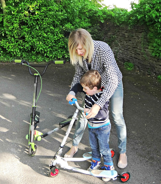 Kids Scooter in use
