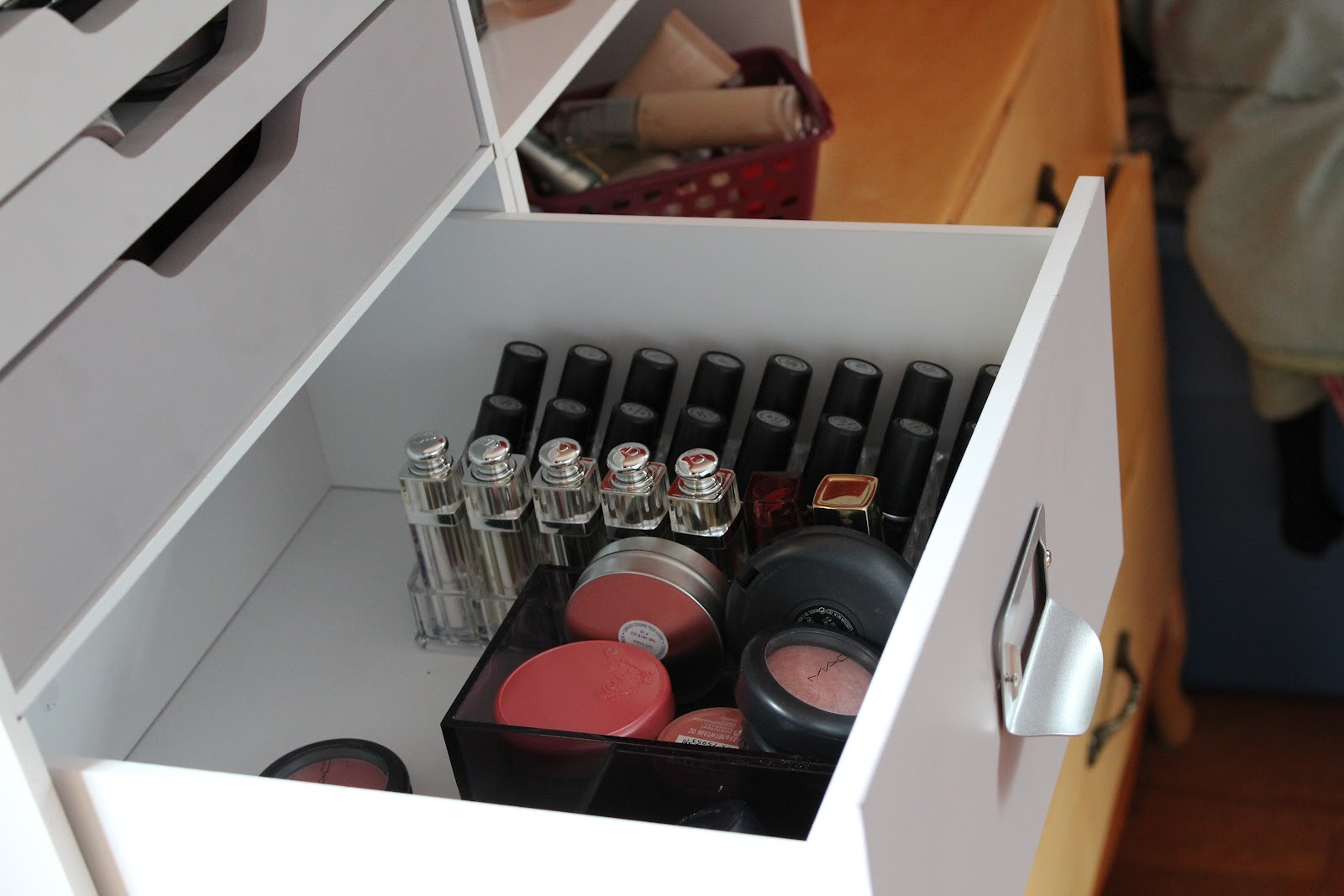 ... my makeup small pots such as lip products cream eye shadows and gel liners in the second drawer. The last drawer has plastic iders which hold mostly ... & thesmalllittlethingsinlife: Makeup Storage for an Ikealess City